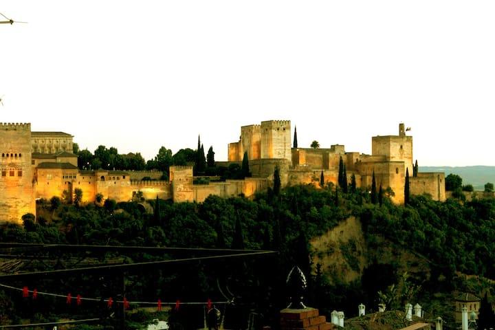 Haus in Albayzin Blick auf Alhambra - Granada - Dom