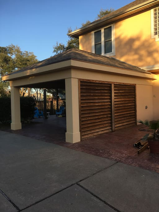 Rear entrance with carport