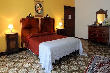 Romantic Suite Renato to Montalcino - Montalcino - Bed & Breakfast