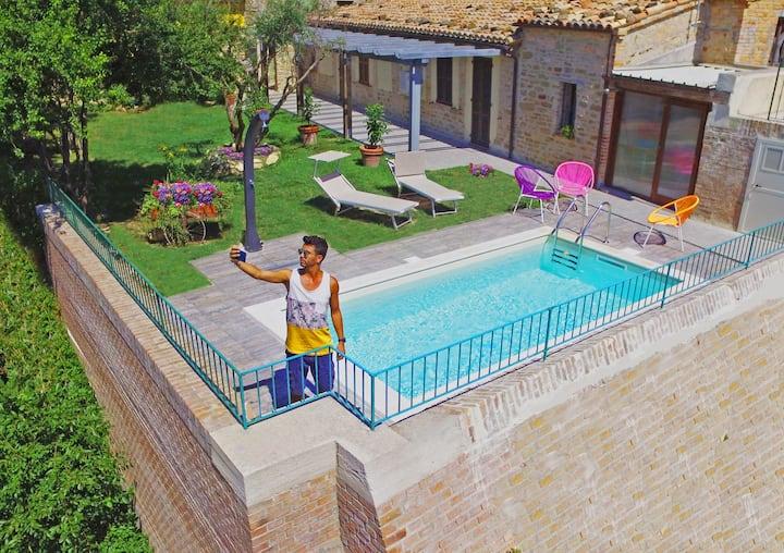 Nidastore Resort Village