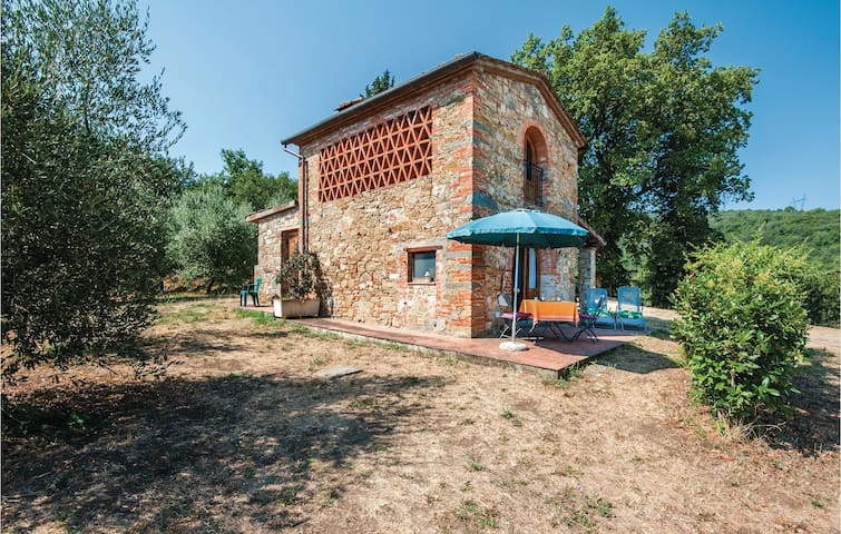 Holiday cottage with 1 bedroom on 45m² in Mercatale Valdarno AR
