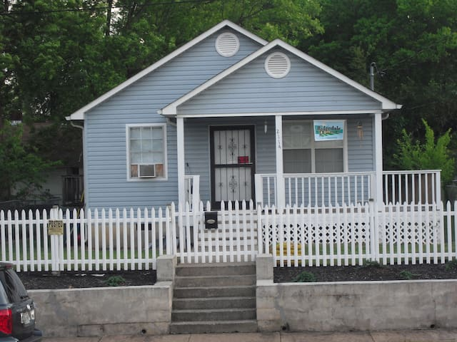 Highland Park-5 miles from Downtown Chattanooga