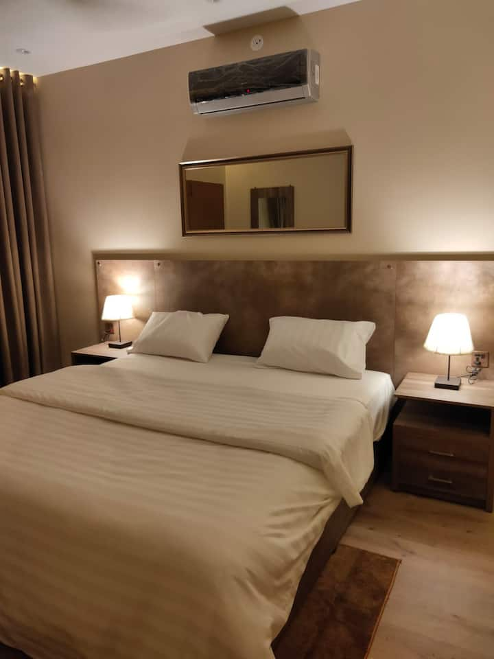 Hamsun Suites Shahra e faisal 2+1 bedroom  Suite