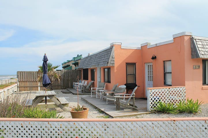 Beach Haven, Pet Friendly, Ocean Front - St. Augustine - House