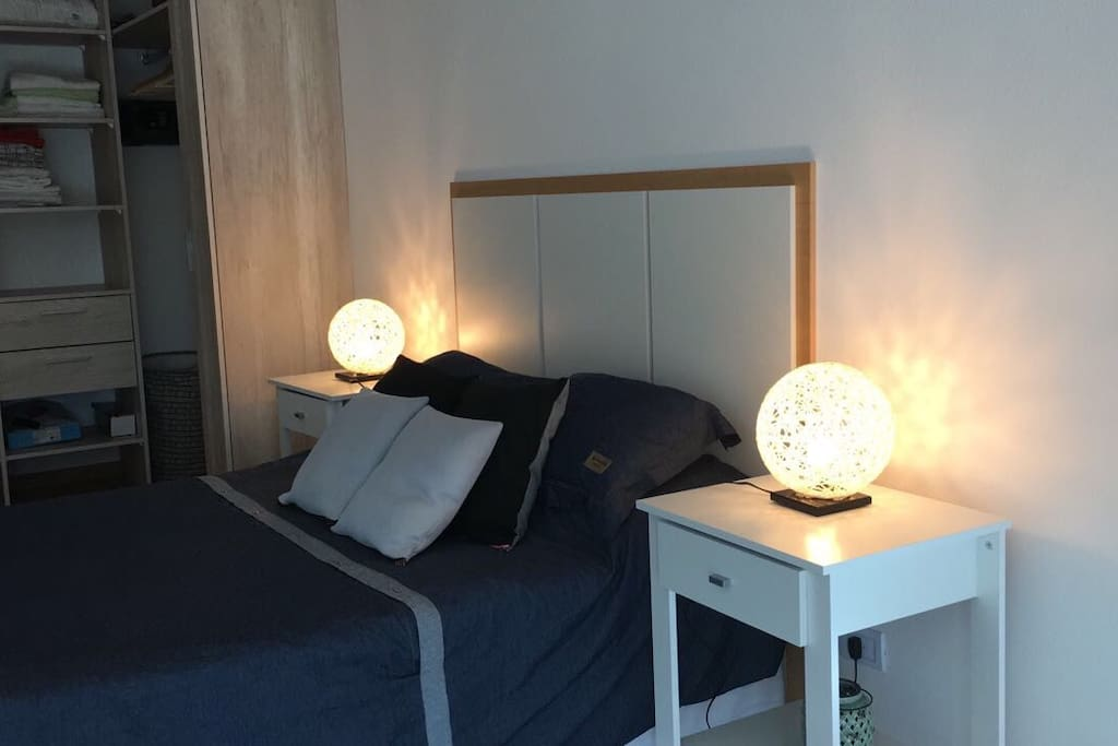 Bedroom / Dormitorio