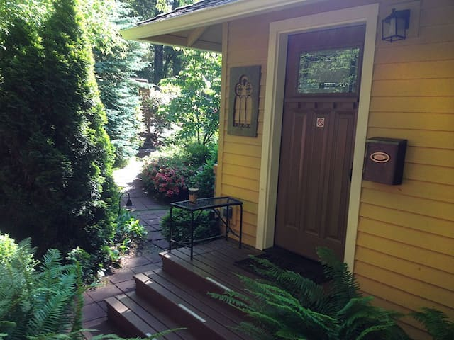 Romantic Home in Gig Harbor, WA - Gig Harbor - Byt