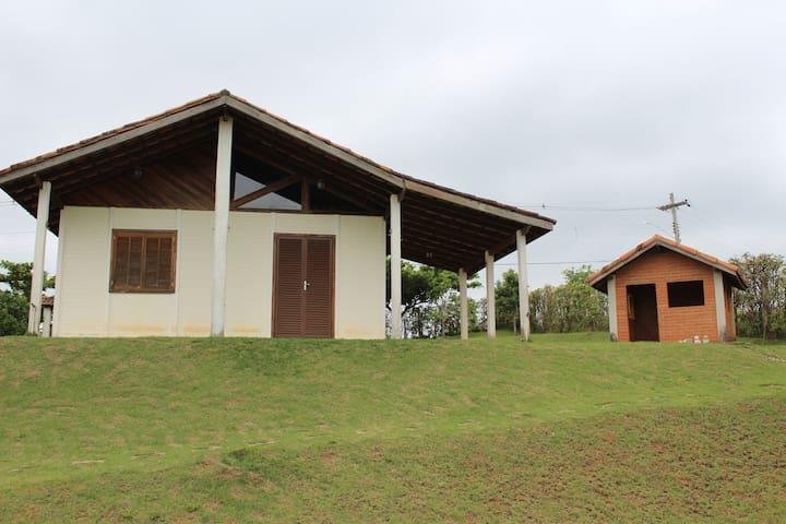 Chácara em Santa Isabel - Santa Isabel - Cabaña