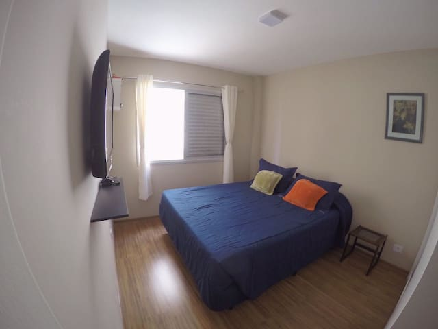 Cozy room 4 minutes from the paraiso subway