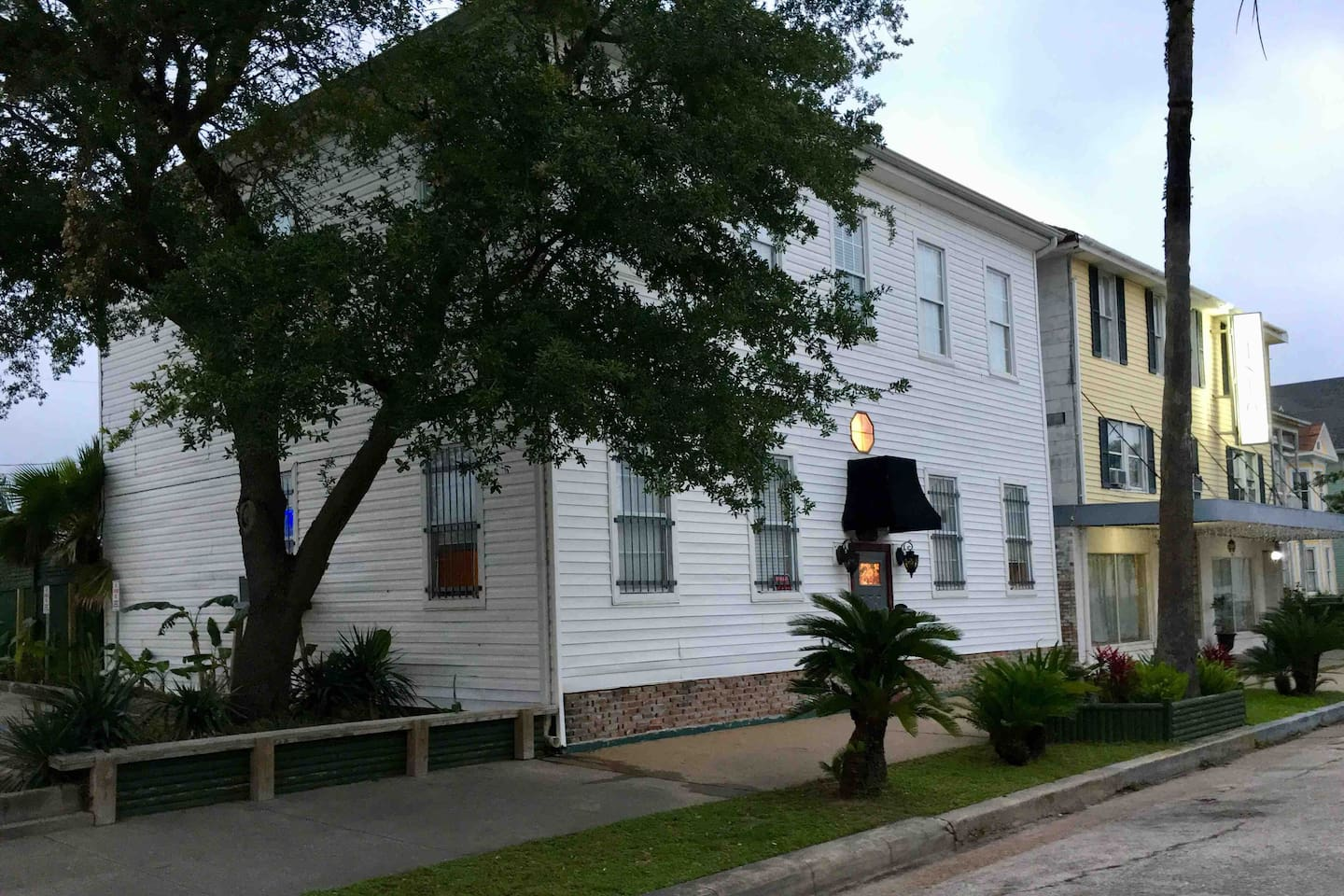 In the heart of downtown Galveston. This is the front of house view.