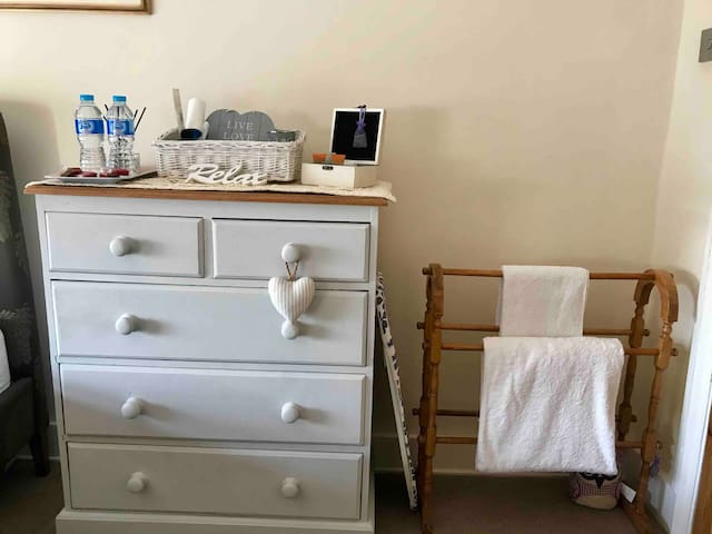 Chest of Draws, Towel Rail & Ironing board