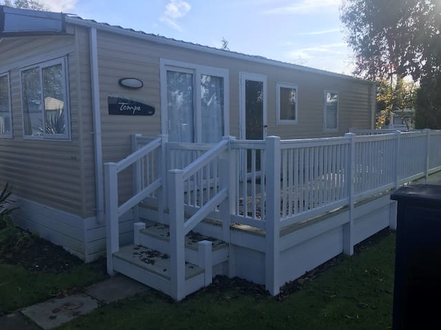 Holiday Park Home 2 Bedroom Very Nice and quite