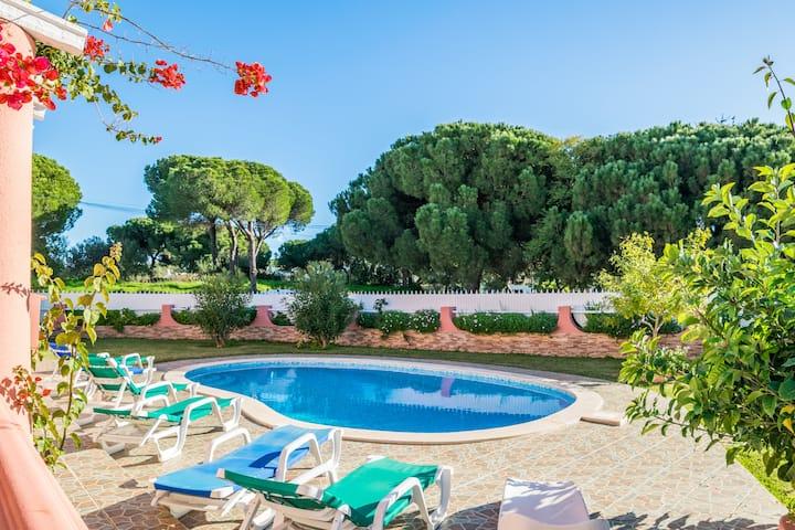 Samba Villa, Albufeira, Algarve
