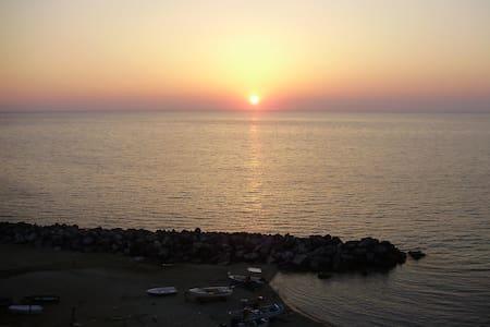 attico su mare - Pizzo - Huoneisto