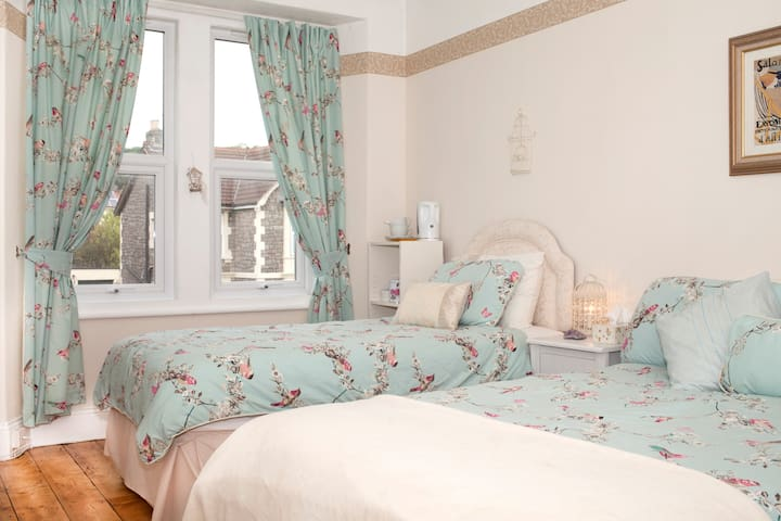 Rooms in Victorian Seaside Town - Weston-super-Mare - Casa