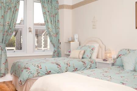 Rooms in Victorian Seaside Town - Weston-super-Mare - Hus
