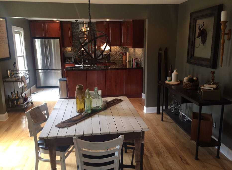 Help yourself to the dining and kitchen areas!