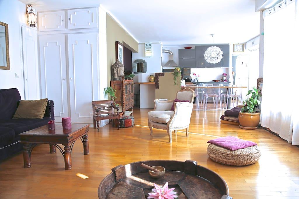 Paris avec terrasse id al famille appartements louer for Location appartement avec terrasse paris