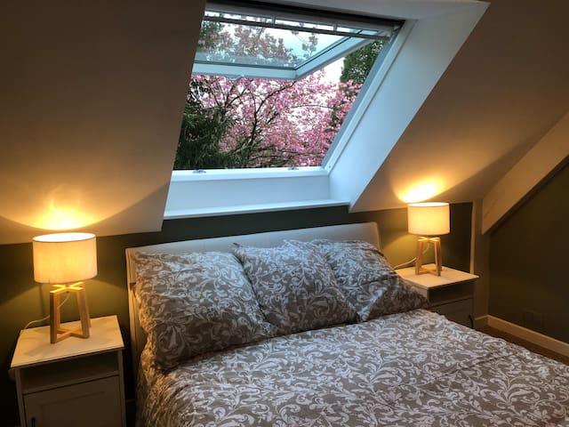 Chambre 3 à l'étage avec lit double en 140x190