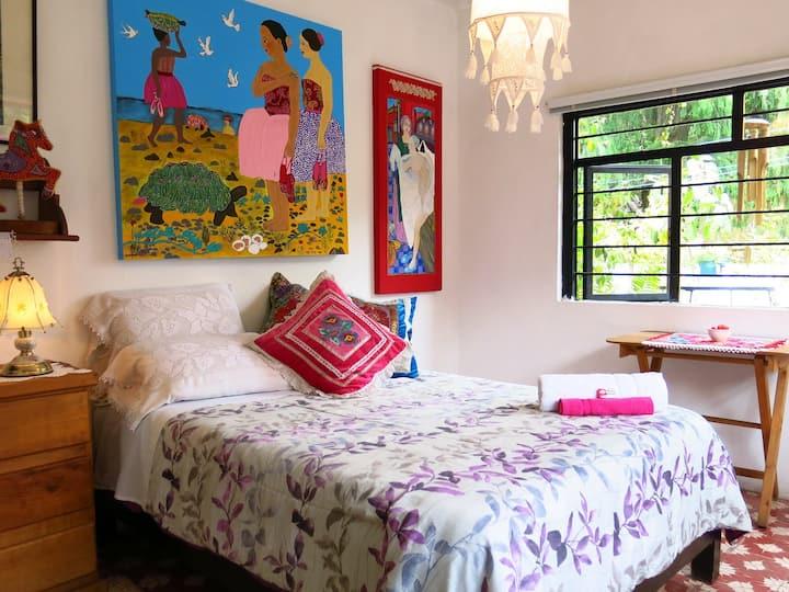 Habitación en casa de pintora
