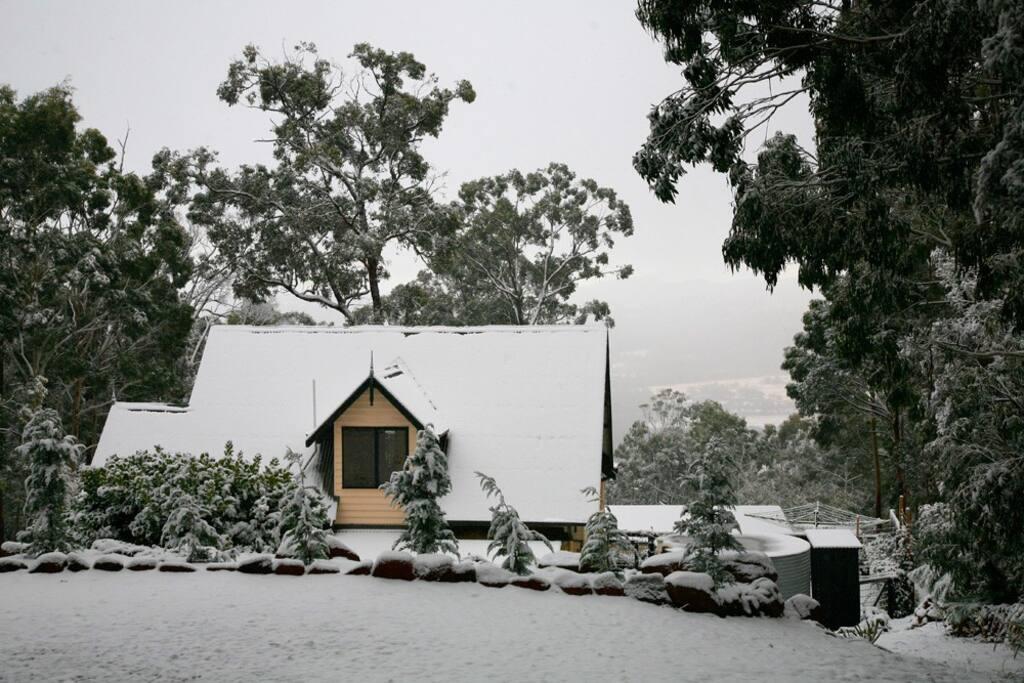 Skyhouse in winter