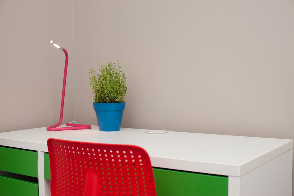 Desk and light allows you to work, study and enjoy your stay with free Wi-Fi