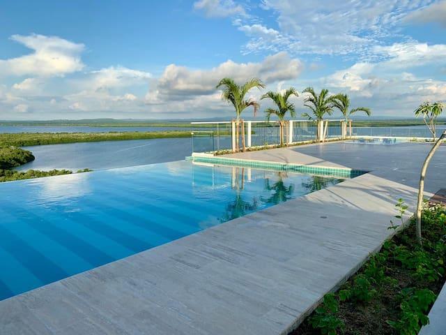 Martinique- Penthouse Jacuzzi privado vista al mar