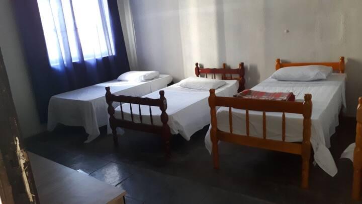 Hotel Embaixador no Centro de Curitiba
