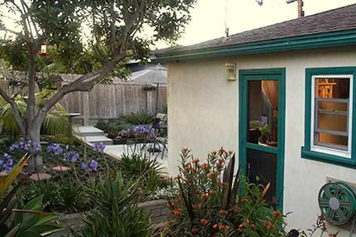 Cozy Cottage in Ocean Beach - San Diego - Apartamento