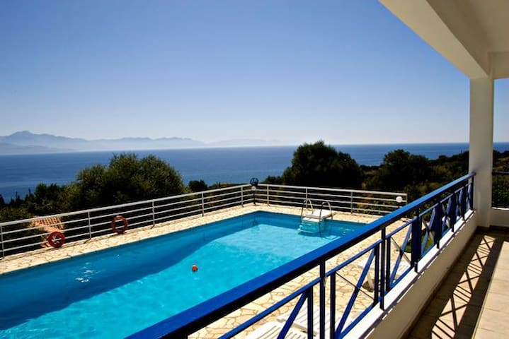 Villa Urania, Pool, Sea View WiFi - Petalidi