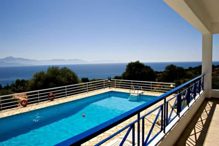 Villa Urania,Private Pool,Sea View.EOT licensed.