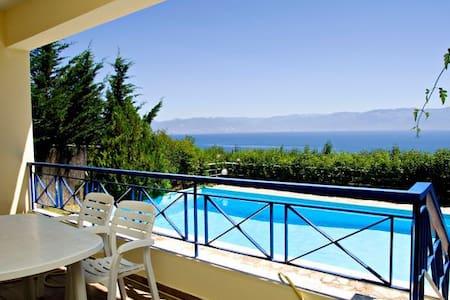Villa Theresa, Views, Pool, Garden - Kalamaki