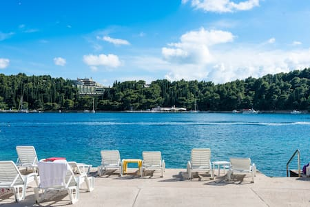 Beautiful room 5 m from the sea No2 - Cavtat