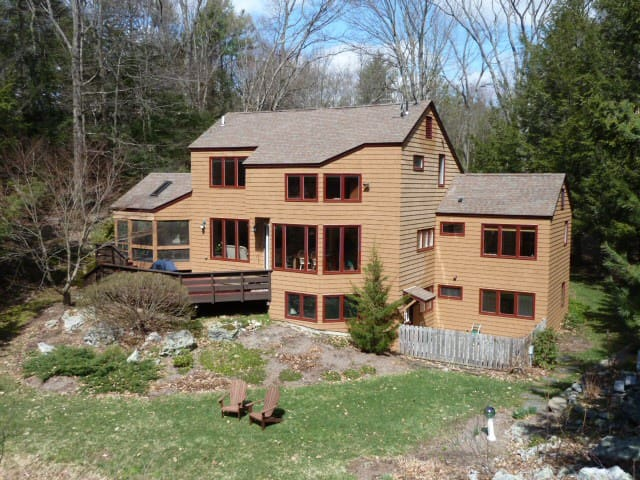 Private Retreat-5 mins from UMass - Leverett - Casa