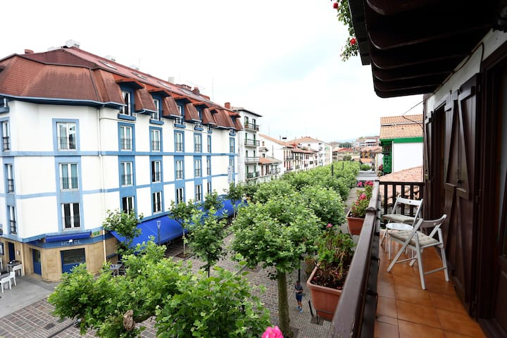 MAÑUEL: Charming apartment in the center of Hondarribia