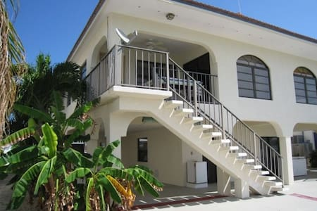 Walk to Your Private Beach! - Key Colony Beach - Casa