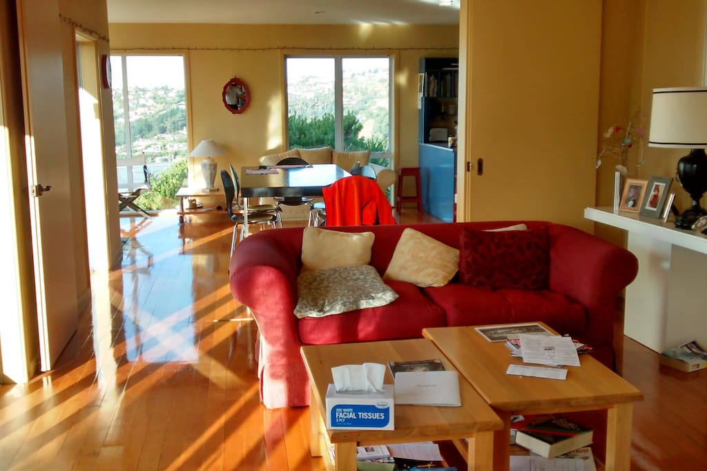 Sunlight through the living and dining room. Can be divided when required.