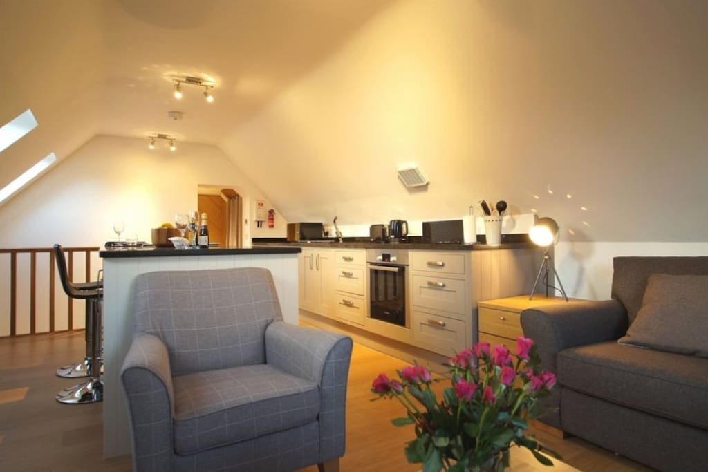 Room at the Top, Penrith, Lakes Cottage Holidays