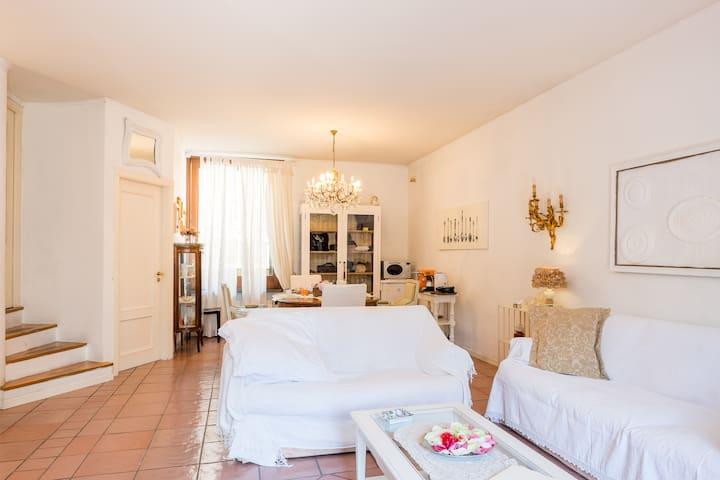 Bed and Breakfast BELLINI - Pompei - Bed & Breakfast