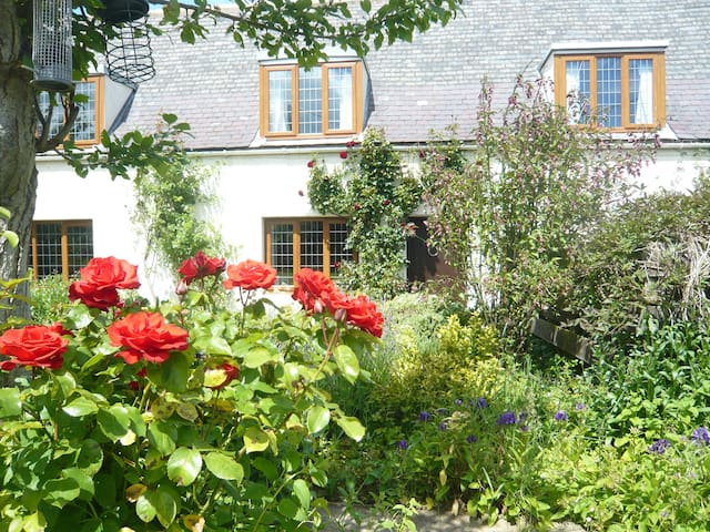 Whitecroft Cottage- A Great Find - Horncliffe