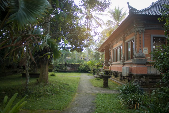 Traditional Balines Jungle House