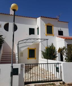 Manta Rota Beach House