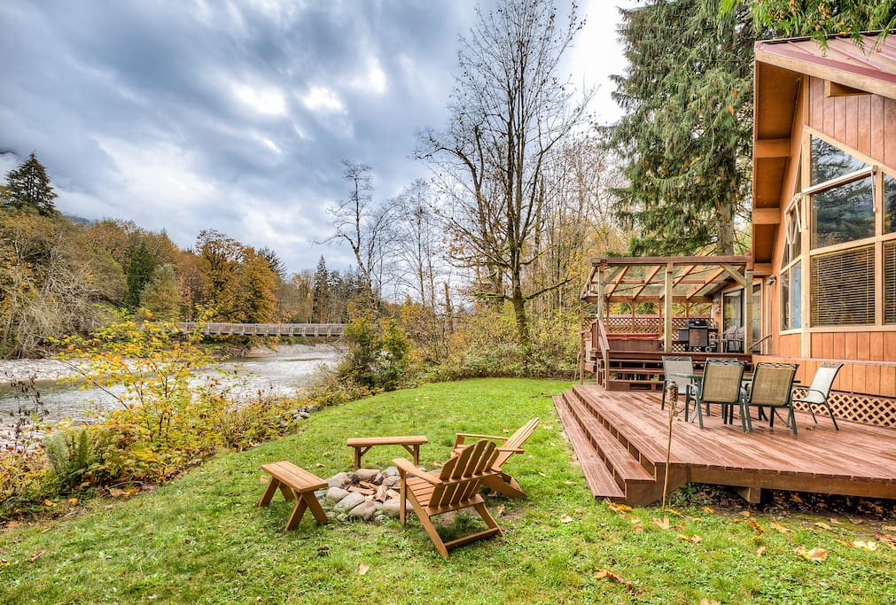 Private back yard with campfire available.