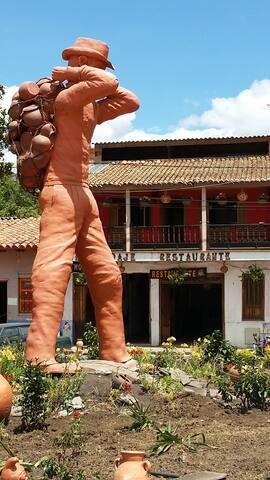 HOSPEDAJE TA-QUIRA! HABITACIONES CON BAÑO PRIVADO - Ráquira - Rumah
