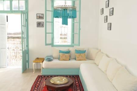Old medina flat with mezzanine - Танжир