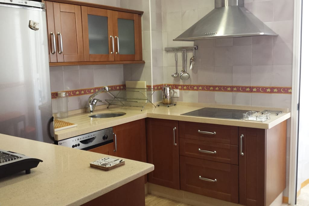 PRIVATE DOUBLE ROOM IN CADIZ CENTRE