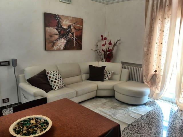 Rifinito appartamento in centro - Locorotondo - Apartment