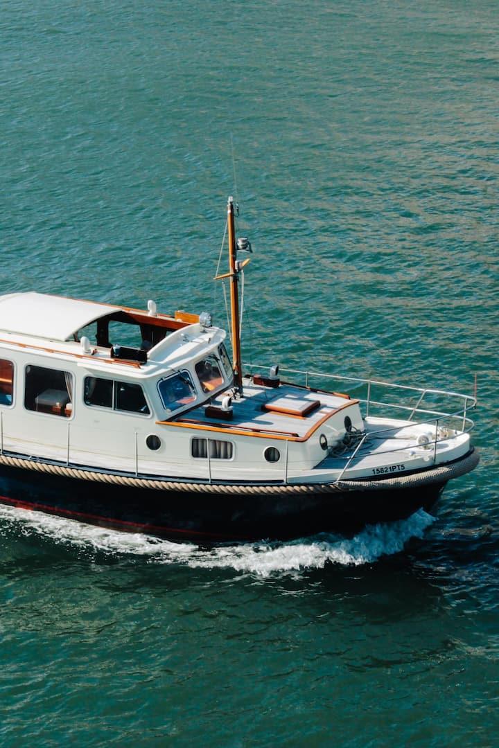 Arraes, the boat