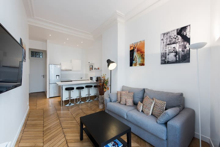 Beautiful renovated flat close to Opera-Le Louvre