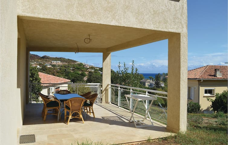 Holiday apartment with 2 bedrooms on 70 m² in Sisco Marine