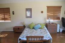 Private studio close to beach and wineries